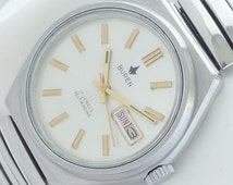 17 Jewels Made in Japan Buren selfwinding vintage watch mint condition.