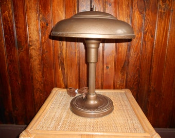 Retro Saucer Desk Lamp