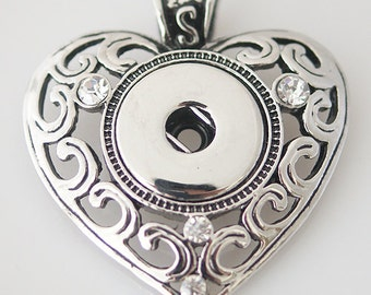 Item# 0152--- 18mm Snap Jewelry Heart Necklace w/Simple Scrolling Pendant (FREE Shipping Coupon Code in Description)