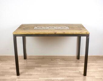 Art Nouveau table with tiles of the nineteenth century / Quatre gats