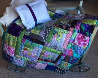 Doll/teddybear quilt with pillow
