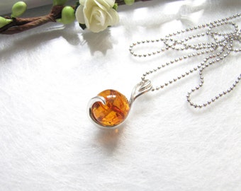 Post Modern Honey Baltic Amber Necklace, Natural Poland Amber Pendant, Round Amber Pendant, Light Brown Honey Amber Choker