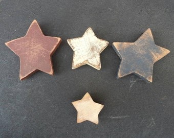 Primitive Distressed Wooden Star Magnets 4 Pack