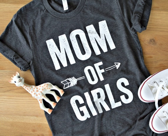 MOM OF GIRLS© - Feminine effortless t-shirt for woman, trendy tees for moms, super soft,cotton, silkscreen, white tee, heather grey,girl mom