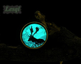 Deer charms ring,Glowing Ring with 25mm glow deer cabochon,Antique bronze ring,Glow in the dark