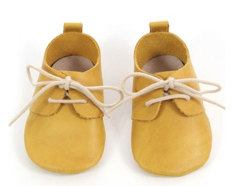 Ochre leather baby shoes