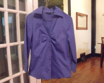 90's Fitted Bright Blue Button-Up Blouse