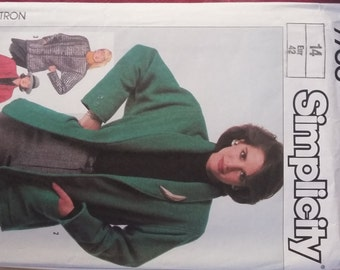 Simplicity Patterns 7700 and 6579