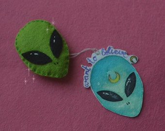 Alien brooches 100% handmade