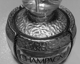 Champagne... Yves Saint Laurent