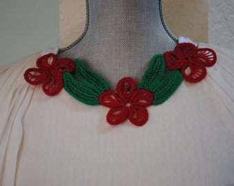 Red Green and White flower crochet necklace
