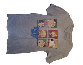 Gray Family Guy T-Shirt | Size M