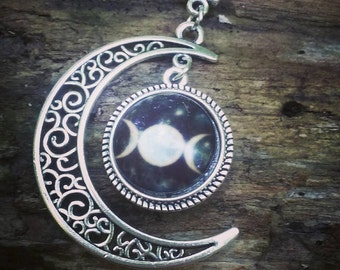 Triple Moon Necklace  )0(