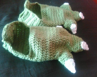 Crochet Yoda Slippers Medium size 4-6 shoe