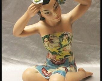 "Large 1950s Italian Ronzan  ""Hawaiian girl"" ceramic figurine"