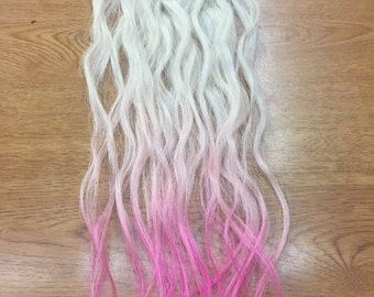 Human hair clip in extensions: Light Blonde with hot pink tips