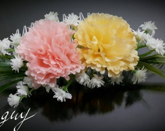 Spring flowers hair comb