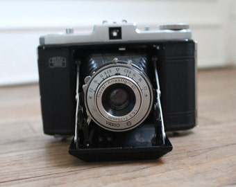 Camera Zeiss Ikon Hussin