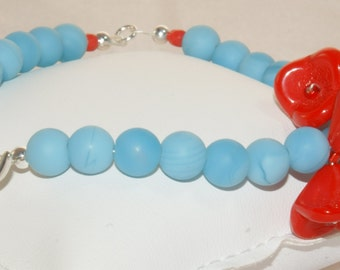 Bracelet with Red Flowers and Blue Beads for Women