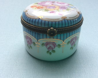 Vintage china Trinket Box, round shaped with floral decoration