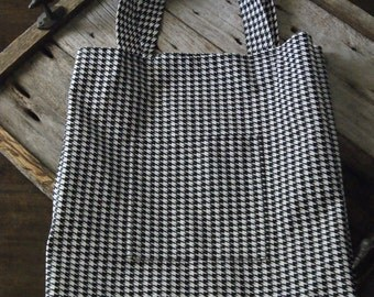 Hounds tooth Shopping Tote
