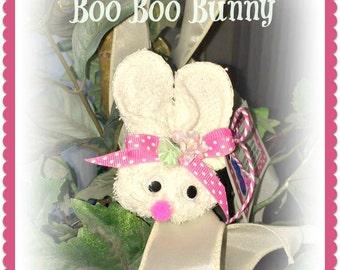 Retro Boo Boo Bunny...comes with 1 reusable plastic ice cube