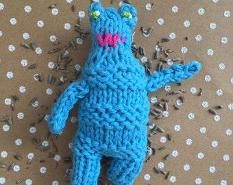 Blue monster lavender sachet amigurumi