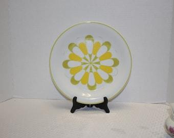 Mikasa China Forecast Pattern - Green and Yellow geometric china salad plate