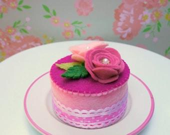 Felt Mini Floral Strawberry Cake
