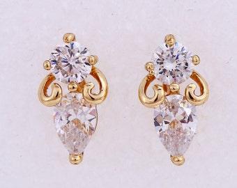 Small stud earrings, crystal earrings, golden earrings, 14K gold color (168)