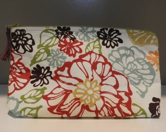 Large flowers Cosmetic Pouch