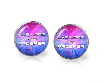 Live Long and Prosper Stud Earrings Star Trek Vulcan salute Fandom Jewelry  Geeky Fangirl Fanboy
