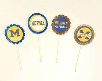 12 U of M Sports Cupcake/Cake Pop Toppers/Tags