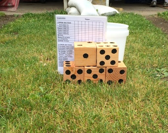 Yard Yahtzee With Bucket