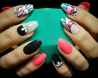 Summer brights with floral design