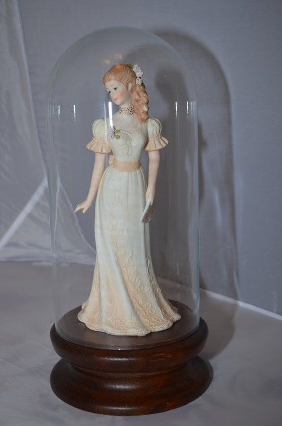 Masterpiece porcelain by homco victoria 1991 home for Home interior masterpiece figurines