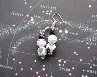 Black and White Flowered Glass Bead Earrings