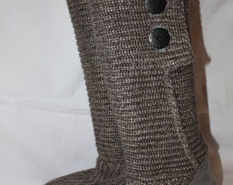 UGG classic Cardy knit boots grey