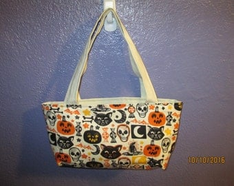 Old Fashioned Halloween Purse