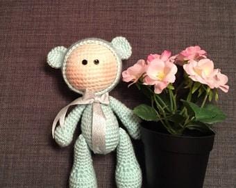 Amigurumi teddy bears.