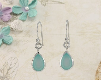 Silver Earrings with Teardrop Chalcedony