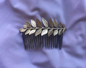 Simple Leaf Comb
