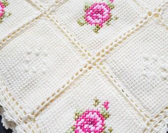 """Handmade Vintage Style Afghan Blanket/ Crochet Blanket 39""""x 39"""""""