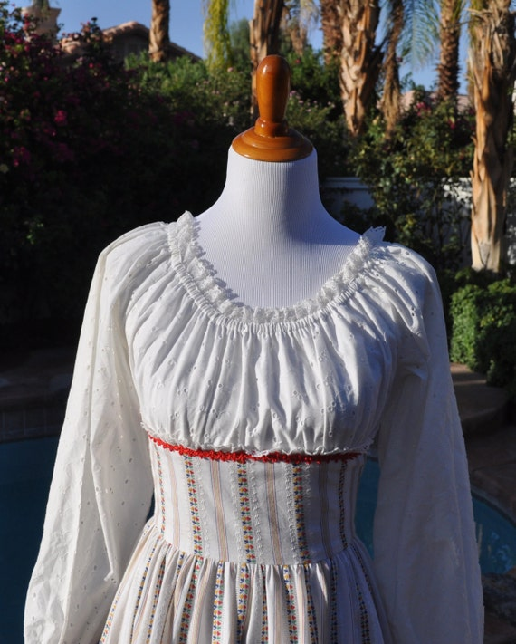 Vintage 1970s Swing/Square Dance Dress with Peasant Blouse Neckline