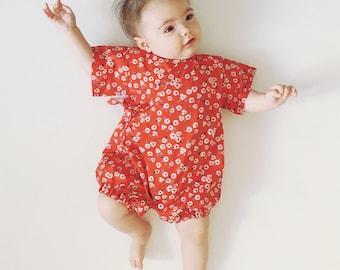 Bébé kimono, barboteuse Jinbei, rouge, fleur, UME, japonais