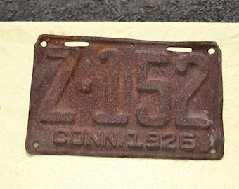 Vintage Connecticut License Plate 1925, Z-152 CONN 1925