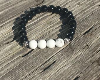 8mm Obsidian and White Howlite bead bracelet