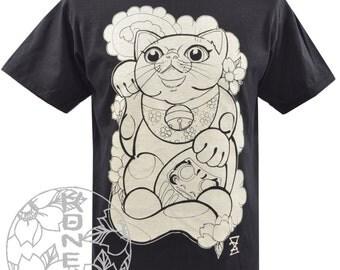 Mens Black Maneki Neko t-shirt Japanese Tattoo Daruma Lucky Cat Kitten