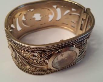 Vintage kessaris Quartz Watch, Kessaris Watch, Scroll Watch, Vintage Watch, Vintag Jewelry, Gold Tone, Scroll Design, Gifts for Her