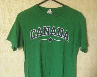 GREEN CANADA TSHIRT